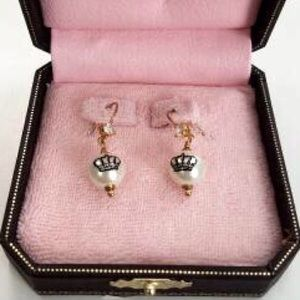 Juicy Couture Drop Pearl Earrings